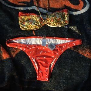 O'Neill Swim - 👾SALE🌺BOGO50%🐰 O'Neill Bikini 👙 Top TOP ONLY
